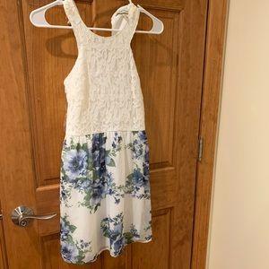 Speechless Juniors' Beautiful Floral Dress